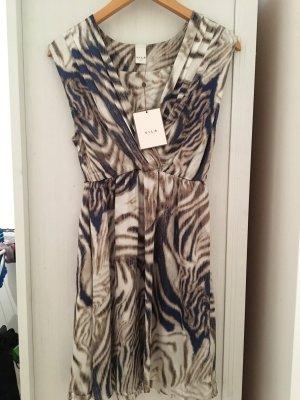 Sommerliches ungetragenes Kleid von Vila!