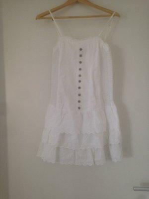 Sommerliches weißes Kleid von Bershka