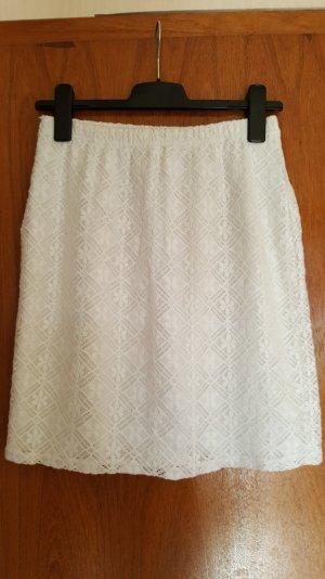 Sommerrock in weiß in Spitzenoptik