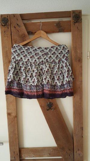 Sommerrock mit schönem Muster