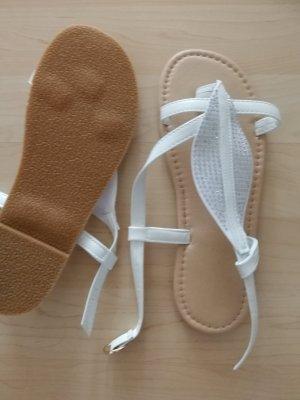 Toe-Post sandals white