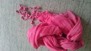 Écharpe rouge framboise