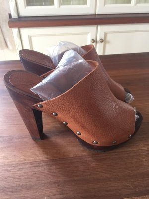 Mango Mules dark brown-cognac-coloured