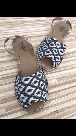 Sandalias de tiras azul acero-blanco