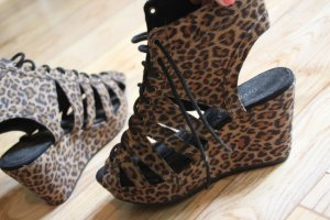 Sommerschuhe Sandalen leoprint