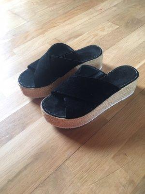 s.Oliver Platform Sandals black-cream