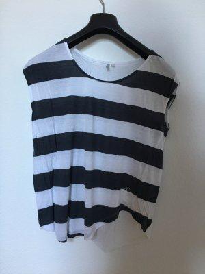 • Sommershirt mit transparentem Rücken •