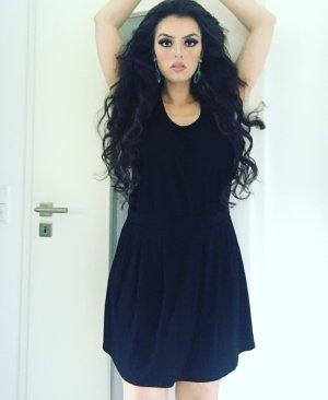 sommerträgerkleid in schwarz