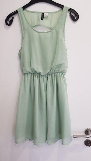 H&M Robe découpée gris vert