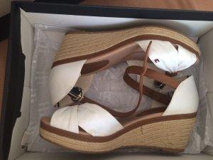 Tommy Hilfiger Sandalo con cinturino bianco-marrone