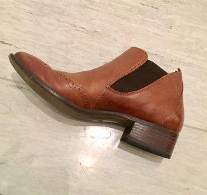 SONDERPREIS! Braune Leder-Booties von Paul Green