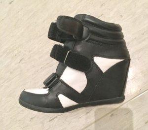 SONDERPREIS! Keilsneaker in schwarz-weiß