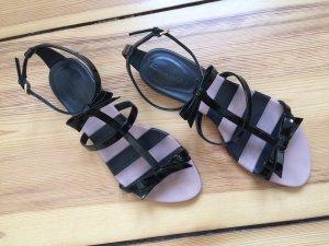 SONIA RYKIEL süße Sandalen mit Riemchen und Schleifen aus Lack - wie NEU