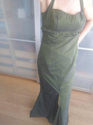 Sonja Kiefer schönes Kleid