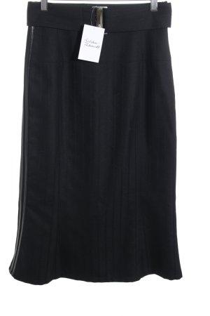 Sonja Kiefer Wollrock schwarz Streifenmuster sportlicher Stil
