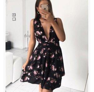 Sonmerkleid Kleid mit tiefen Auschnitt One Size NEU