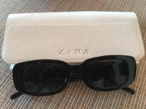 Zara Hoekige zonnebril zwart