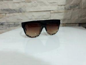 Glasses black-brown