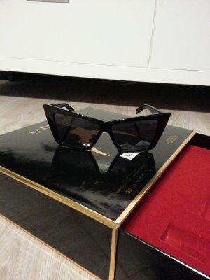 Sonnenbrille aus Lady Gaga Fame Aktionsbox (OHNE Parfüm)