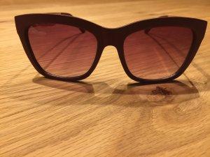 Sonnenbrille bordeaux mit rosé - goldenen Bügeln