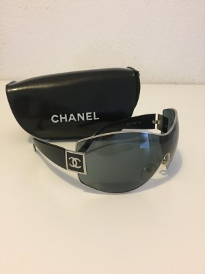 Chanel Oval Sunglasses multicolored leather