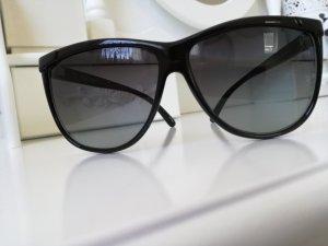 Hoekige zonnebril zwart kunststof