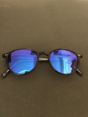 Illesteva Round Sunglasses black
