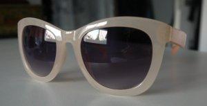 Sonnenbrille in nudefarben von Forever 21