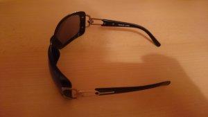 Sonnenbrille in schwarz / silberfarben