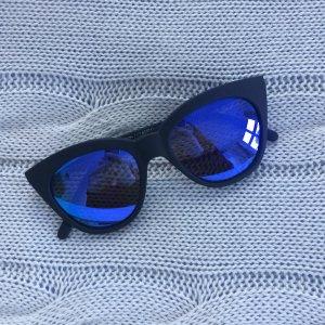 Sonnenbrille Le Specs mit Etui