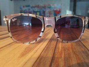 Sonnenbrille mit grafischem Muster