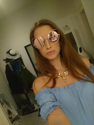 Sonnenbrille mit Strasssteinchen verspiegelt