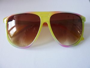 Sonnenbrille neonfarben