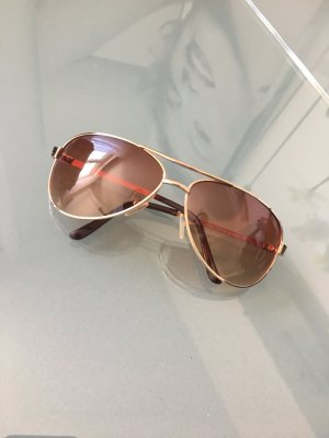 Sonnenbrille Pilotenform