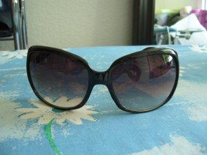 Zonnebril zwart kunststof