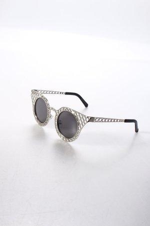 Sonnenbrille silberfarben Street-Fashion-Look
