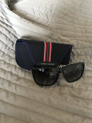 8107032087 Tommy Hilfiger Oval Sunglasses dark blue