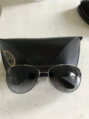 Sonnenbrille von Ray Ben Neu