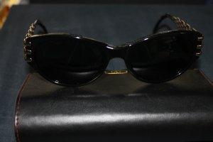 Sonnenbrille von Valentino mit Etui; Cat-Eye-Style!