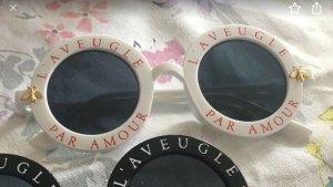 Sonnenbrille weiß NEU