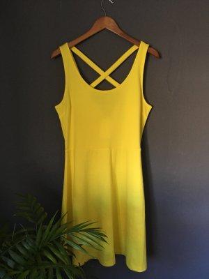 Sonnengelbes Kleid