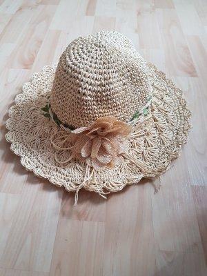Sombrero de paja beige claro
