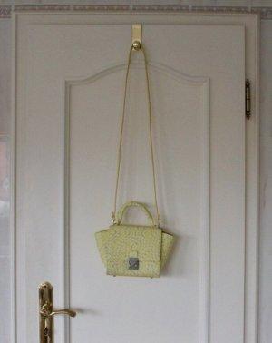 Sonnige neue Tasche von Zara