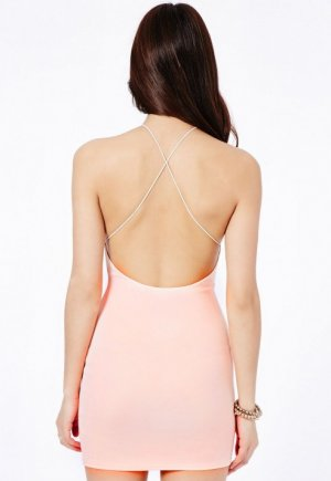Spaghetti-Dress in Nude von Missguided
