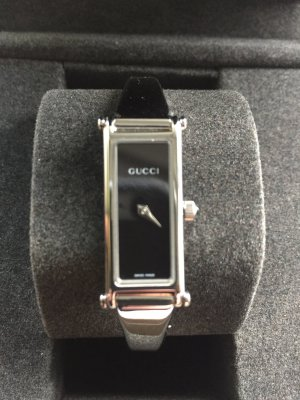 Gucci Watch With Metal Strap black-light grey stainless steel