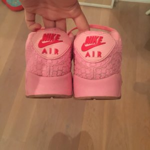 Special Edition: Pinke Nike AirMax
