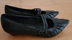 Stiletto noir