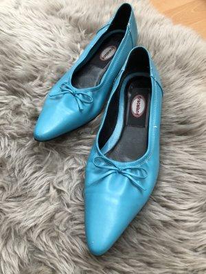 Spitze flache Schuhe in türkis mit Schleife