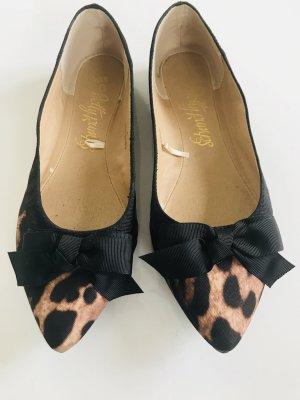 Spitze Leoparden-Ballerinas