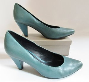5th Avenue Pointed Toe Pumps cadet blue-petrol leather